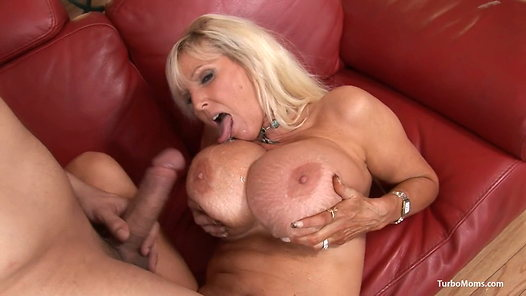 TurboMoms.com - Tia Gunn video screenshots - 1 - 23